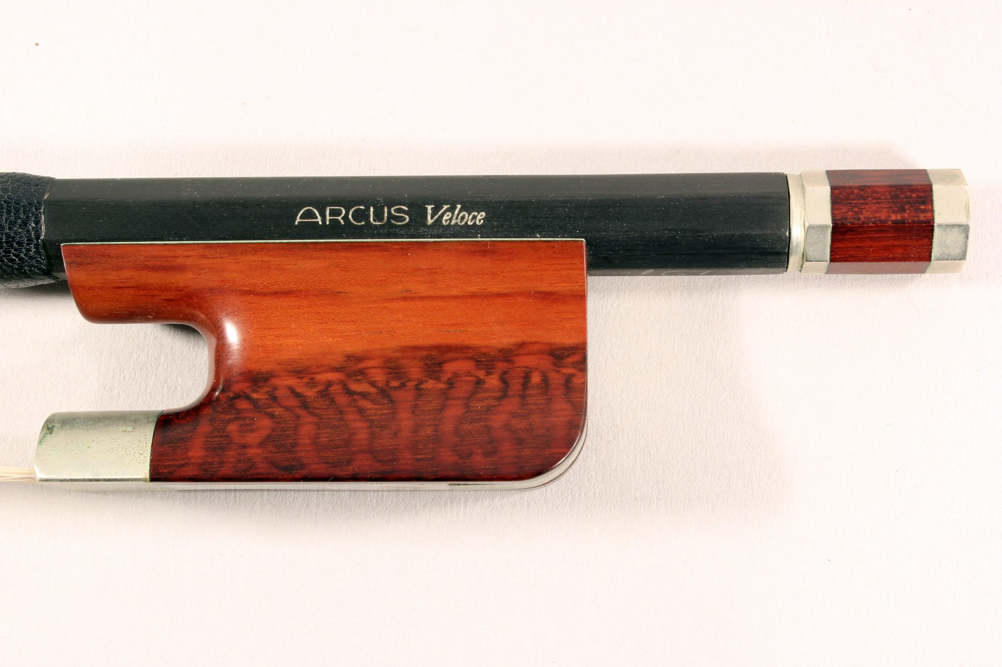 Arcus Veloce Bass Bow for sale at Bridgewood and Neitzert London