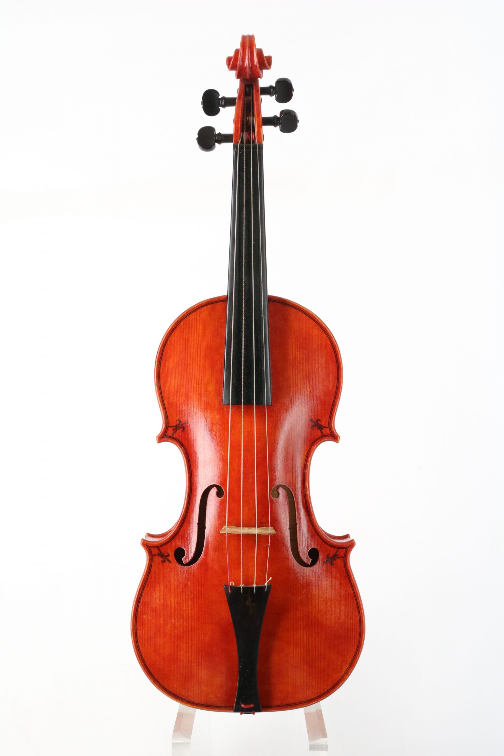 Baroque violin by William Castle for sale at Bridgewood and Neitzert London